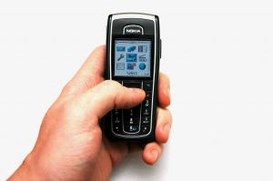 Texing_mobile_in_hand